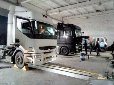 ремонт грузовика